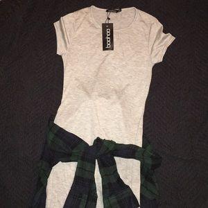 ⭐️NWT⭐️ Light grey heathered midi Boohoo dress